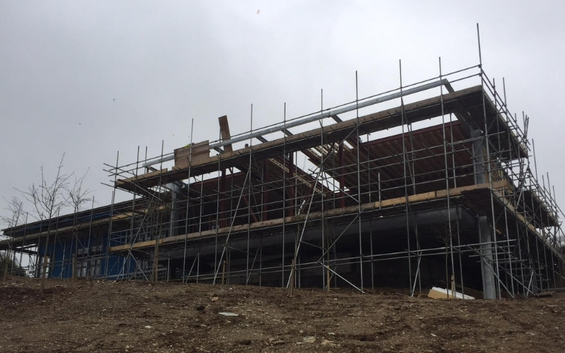 scaffolding on the grand designs house in padstow